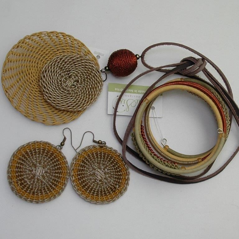 Jewelry from re-purposed materials: Fashion accessories from Sari fabric, telephone wire wearable art